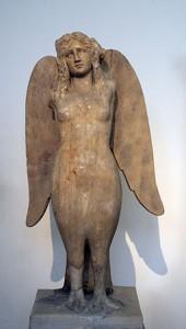 紀元前330年頃のセイレーン像(アテネ国立考古博物館)