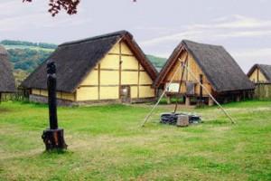 BC100年頃のケルト人の家(再現したもの)
